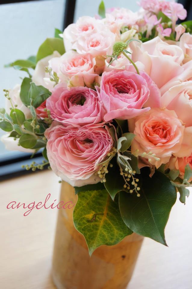 ピンクのバラのアレンジ