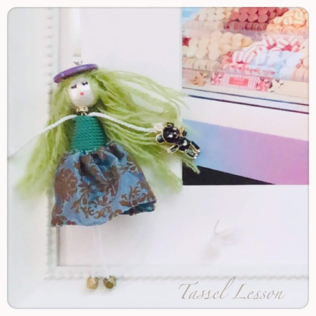 タッセル人形、Tassel